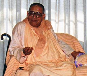 Sri Bhakti Sundar Govinda Maharaj, 1992