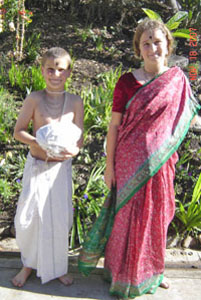 Premananda Prabhu and Krishnapriya Devi Dasi on the day of their Gayatri initiation.