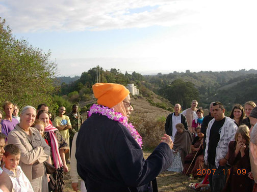Srila Gurudev explains that this hill is a memorial to Sri Govardhan.