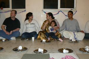 Laksman Prabhu, Chitra Devi Dasi, Krishnapriya Didi, young Sivani and Shambhunath Prabhu.