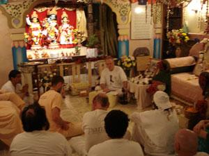 Sarvabhavana Prabhu led the program.