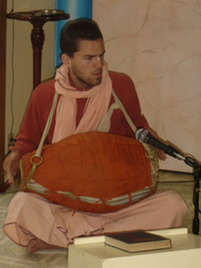 Kamal Krishna Prabhu playing the Mrdanga during the very enthusiastic Kirtan after the initiation