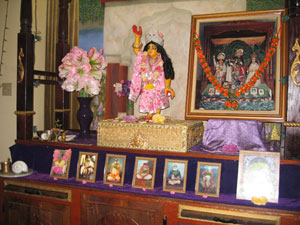 Sriman Gauranga Sundar.