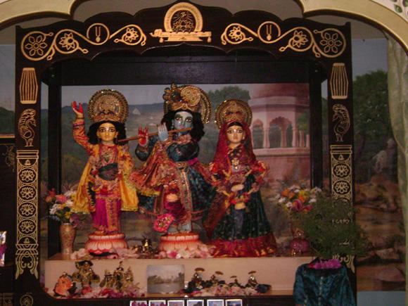 Their Lordships   Sri Sri Guru Gauranga Gandharvika Giridhari Jiu