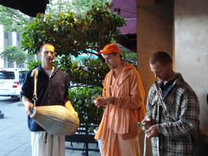 Giridhari Prabhu (from Hungary), Kamal Krishna Prabhu and our Santa Cruz Giridhari Prabhu.