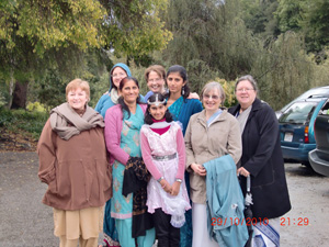 Some early arrivals from our beautiful San Jose Ashram family.