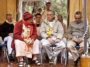 Srila Janardan Maharaj, Sripad Hasyapriya Prabhu, Sripad Srutasrava Prabhu and Sripad Sarvabhavana Prabhu