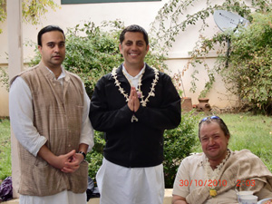 Jairam Prabhu, Nayanananda Prabhu and Devananda Prabhu visiting from Australia.